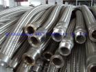 ステンレス鋼の適用範囲が広いホース