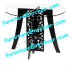 アクリルのダイニングテーブル