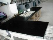 Black quartz kitchentop