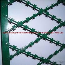 ポリ塩化ビニールによって塗られる溶接されたかみそりの鉄条網