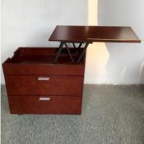 調節可能で高い側面のテーブル