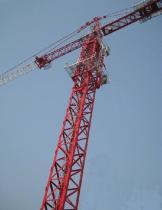 クレーン最高建物タワー。 負荷14t (K35/32 (TC7032))