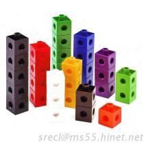 立方体をつなぐ教育おもちゃ