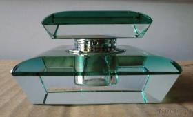 注文の水晶香水瓶