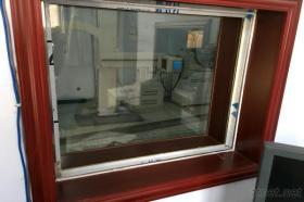X線の観察窓の鉛ガラス