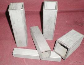ステンレス鋼の小さく、非標準的な管