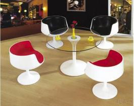 設計家具のガラス繊維のCoffeのコップの椅子のEero Aarnioのコップの形の椅子