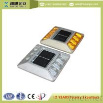 IP68 LED Road Stud Traffic Safety Solar LED Road Stud