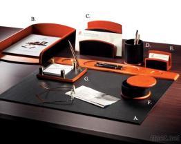 버찌 나무 또는 가죽 7 - PC 책상 세트
