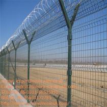 販売のための有刺鉄線の塀