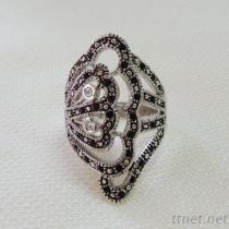 Two Tone Art Deco Ring