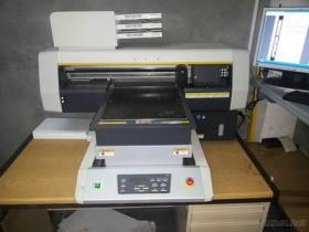 Mimaki UJF-3042HG UVled Tischdrucker