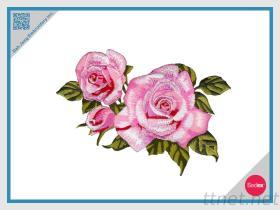 Pièce rapportée de broderie - Rose rose