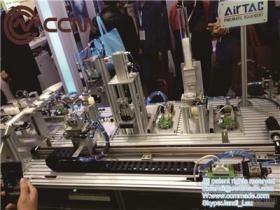 高品質の高いPrecisionbeltによって運転された線形柵はカスタマイズされた長さの線形産業オートメーション機械にモーターを備えた