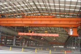 回転の電磁気のハンガー橋クレーン
