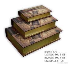 Forme de livre décorative