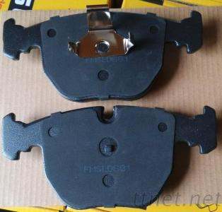 D681 7560 BMW 530I 730I X3 X5 CERAMIC DISC BRAKE PADS