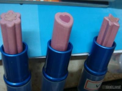 Lipstick, Lipstick Mold Design