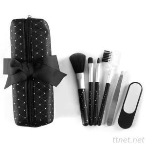 9739D  4-pc make up brush set , 1-mirror & 1-tweezers w/zipper bag