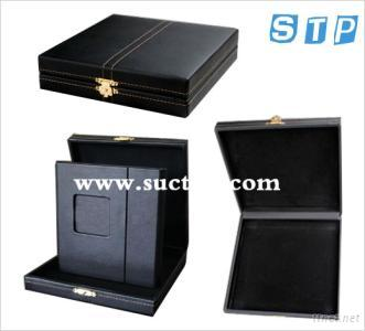 CD Holder With Showing Case