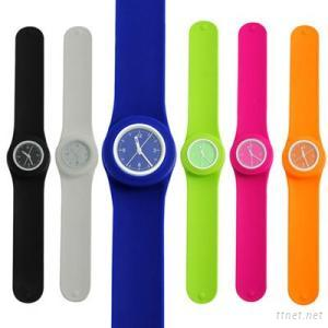Unisex Snap Band Watches