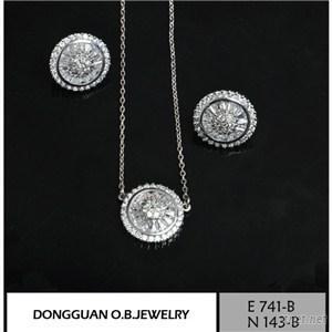 E741-B And N143-B Diamond Jewelry Set