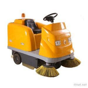 Electric Street Sweeper