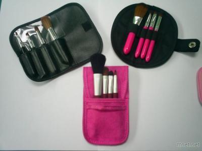 4PCS Mini Makeup Brush Set
