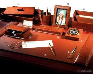 Royal Croco Leather 10 - PC Desk Set
