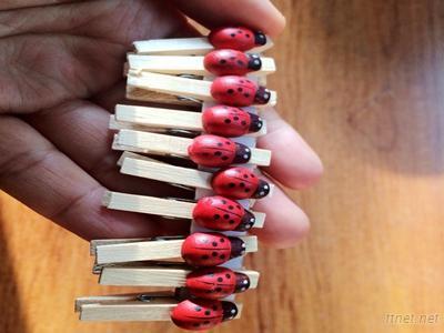 Wood craft pegs with ladybugs