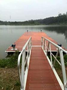 Renovation and maintenance of aluminum alloy floating wharf
