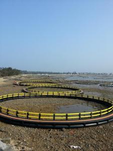 HDPE Circular Aquaculture Equipment Floating Farming Fish Net Cage