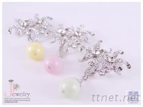 台湾制造 水晶珍珠胸针饰品  採用施华洛世奇水晶元素 戒指、耳环、项链、胸针、丝巾夹, 水晶串珠 DIY 饰品材料 批发零售