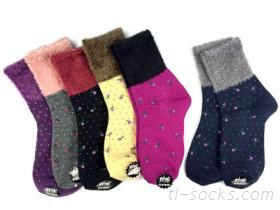【821】絨毛草莓造型襪