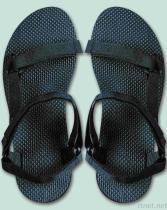 運動休閒涼鞋