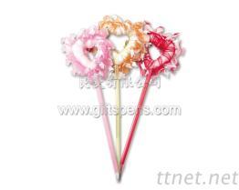 花边爱心造型笔