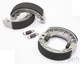 非石綿鼓式鐵纖皮煞車皮-JR100