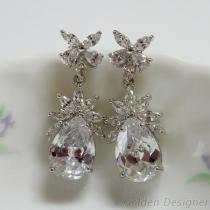 婚纱款晶莹耳环