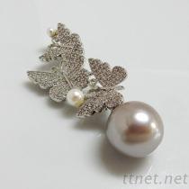 蝴蝶珍珠胸针