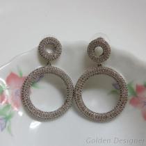 時尚活潑造型耳環