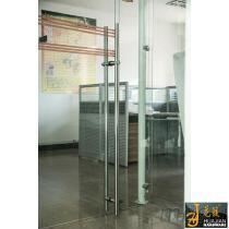 佛山花鍵五金優質製造TD908005D不鏽鋼玻璃拉手帶地鎖豪華彆墅木門拉手鎖