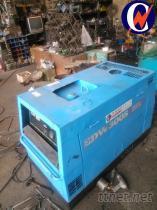 柴油引擎電焊發電機