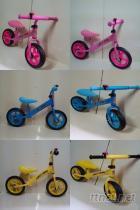 儿童滑步车