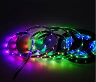 LED幻彩黑底裸板單點單控2812型IC燈條