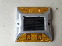 太阳能双面四灯道钉, 深圳反光道钉