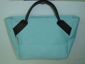 客製專業生產代工- 湖水藍女用提包-媽媽貼新小包