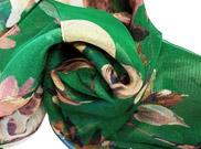 義大利進口長版綠色大花圖形絲巾.