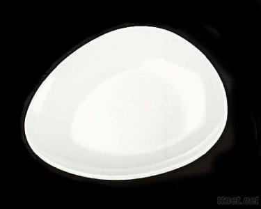 Rounded triangular plate