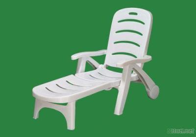 2012 New Model Plastic Folding Lounger Beach Sunbed