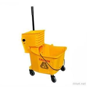 32Litre Cleaning Plastic Mop Bucket With Wringer
